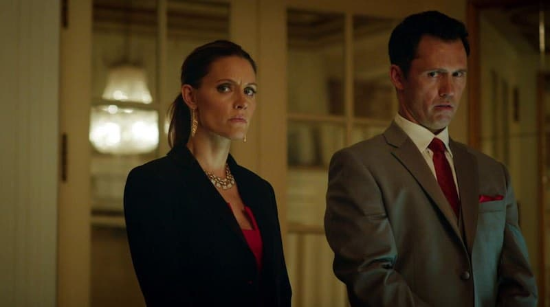KaDee Strickland and Jeffrey Donovan in Shut Eye
