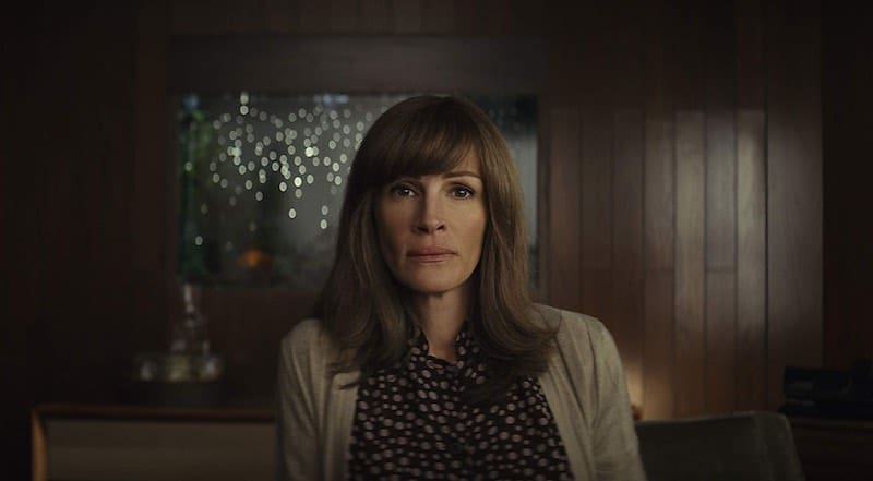 Julia Roberts in Homecoming