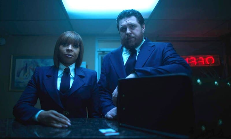 Cameron Britton and Mary J. Blige in The Umbrella Academy