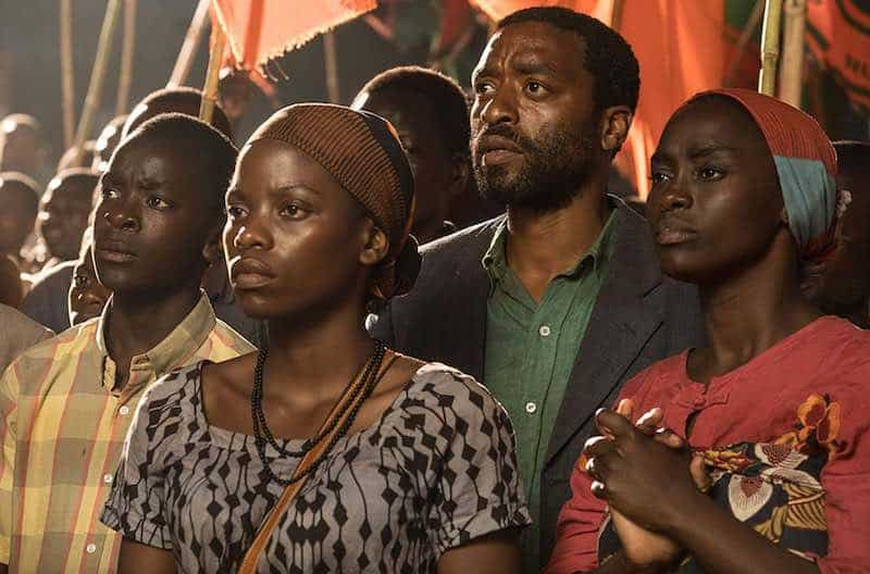 Chiwetel Ejiofor, Maxwell Simba, Aïssa Maïga, and Lily Banda in The Boy Who Harnessed the Wind