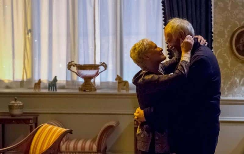 Glenn Close and Jonathan Pryce in The Wife
