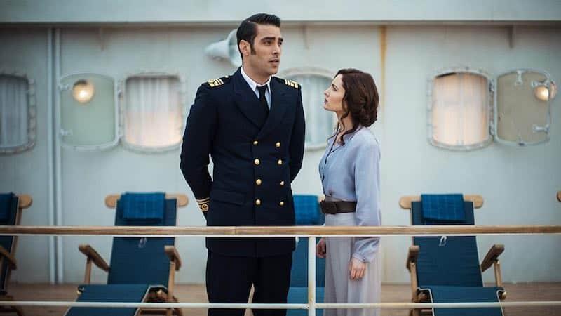 Ivana Baquero and Jon Kortajarena in High Seas (Alta mar)