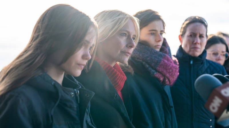 Oona Laurence, Amy Ryan, Thomasin McKenzie, and Miriam Shor in Lost Girls