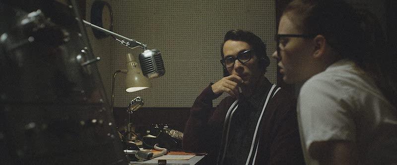 Sierra McCormick and Jake Horowitz in The Vast of Night