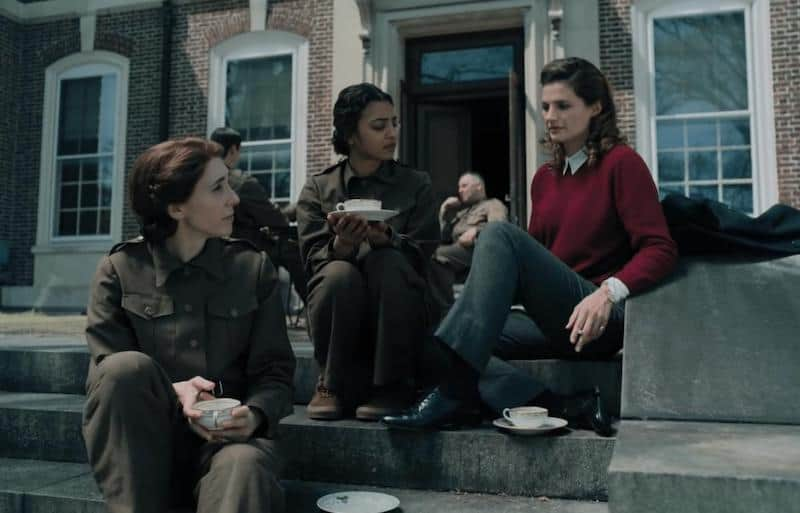 Stana Katic, Radhika Apte, and Sarah Megan Thomas in A Call to Spy