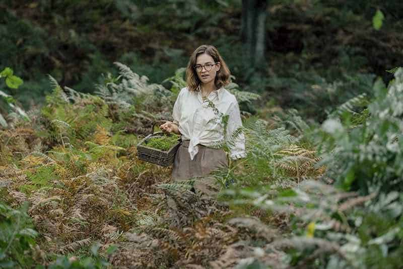 Lily James in The Dig