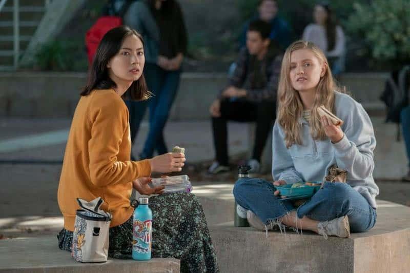 Lauren Tsai and Hadley Robinson in Moxie