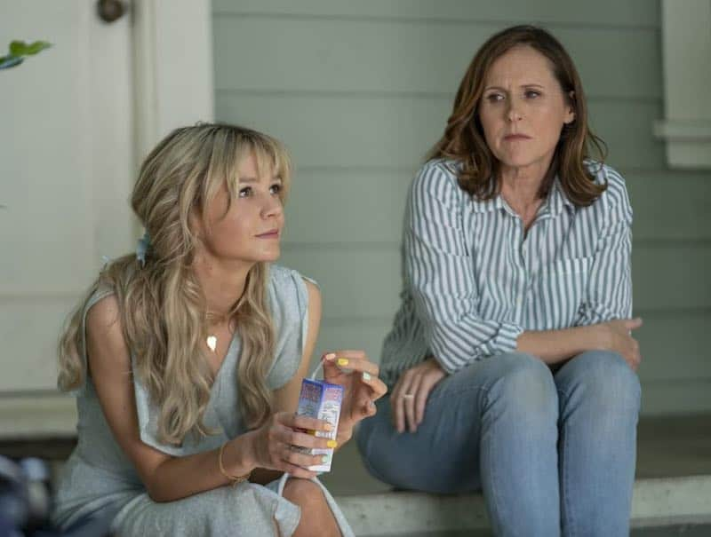 Molly Shannon and Carey Mulligan in Promising Young Woman