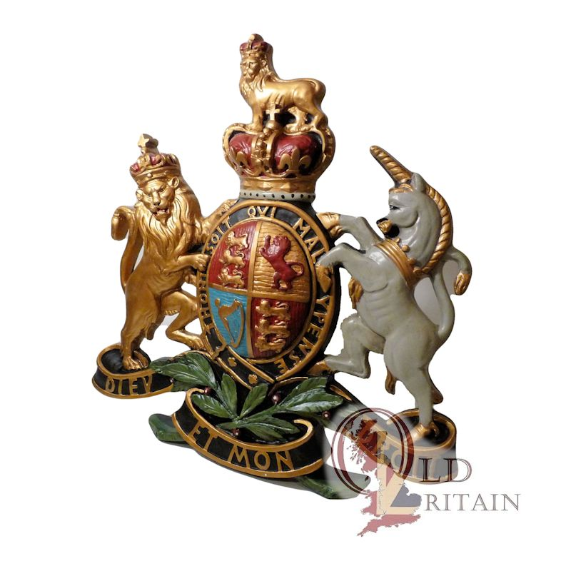 royal coat of arms wall plaque