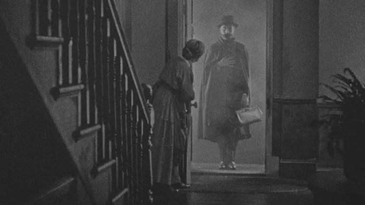 Kultowe filmy Hitchcocka - Lokator