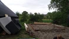 Het aanbrengen van de houtenfundering