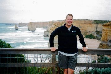 Henry Malmgren in front of the 12 Apostles in Australia