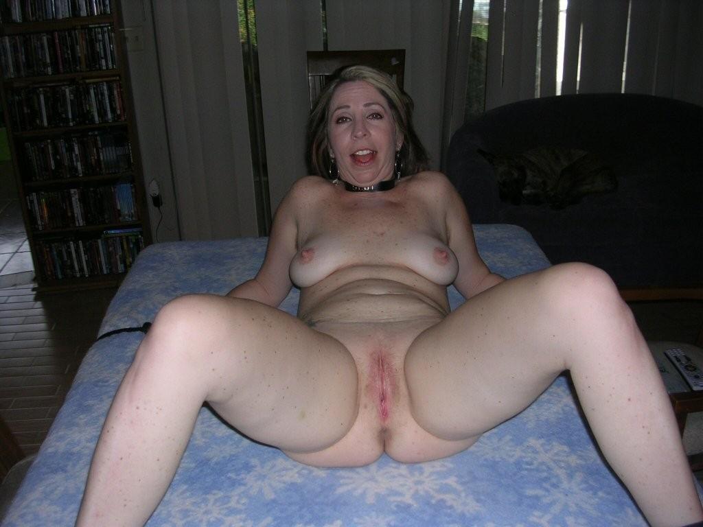 hot amateur moms tumblr