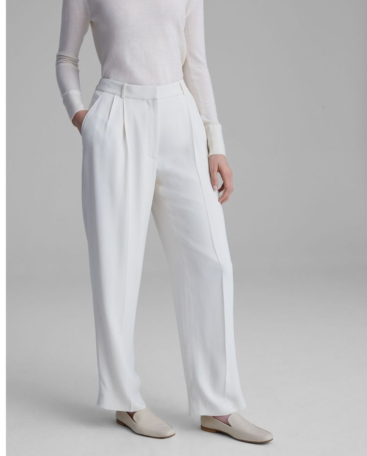 How to Wear White - Club Monaco Pleated Front Pants