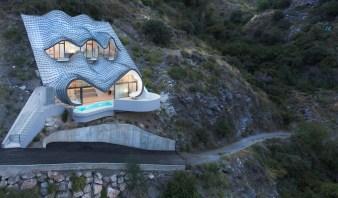 portada_gilbartolome_-_house_on_the_cliff_2
