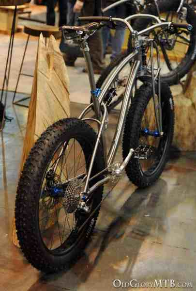2013-nahbs-black-sheep-titanium-fatbike-1