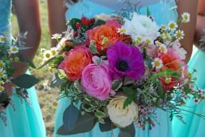 Colorful-Spring-Bridesmaid-Bouquet-Wimberley-Wedding-Venue