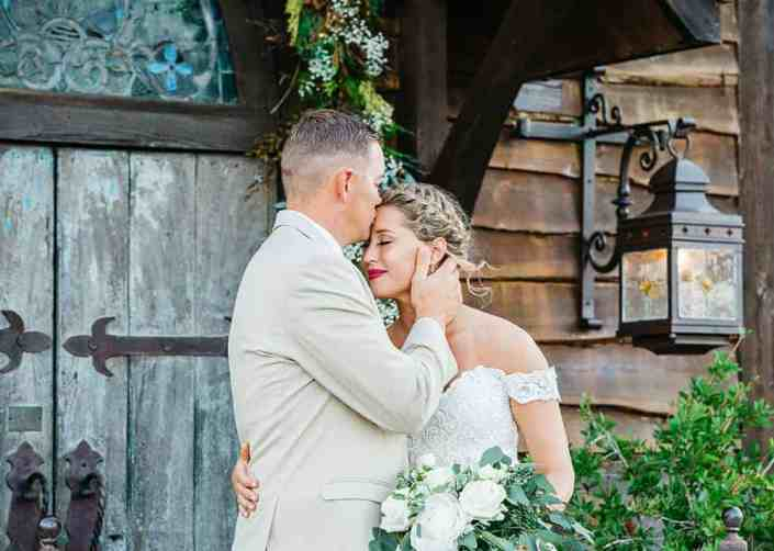 beautiful-wedding-moment-old-glory-ranch-hill-county-wedding
