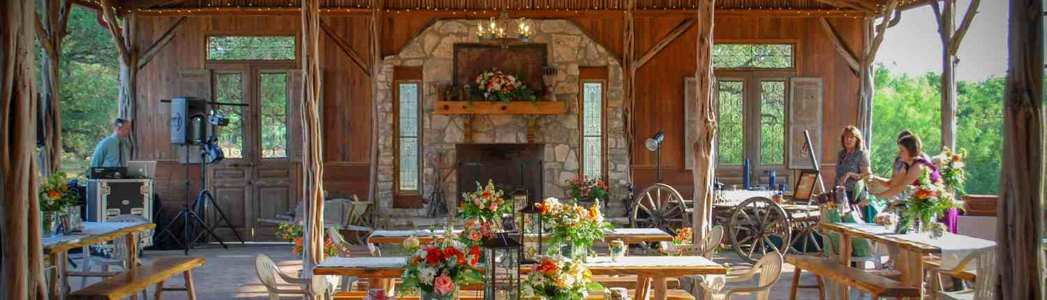 gatehouse-outdoor-wedding-reception-old-glory-ranch-wimberley-venue