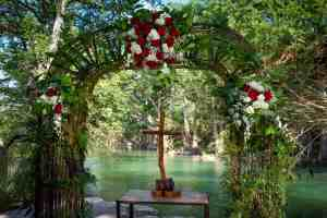 blanco-river-wedding-stone-landing-old-glory-ranch-hill-country-wedding-venue-near-austin