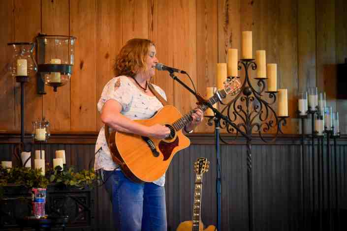 susan-gibson-concert-old-glory-ranch-event-venue