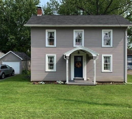 c.1920 Traditional Home For Sale w/ 2.5 Acres in Hillsville PA Under $90K
