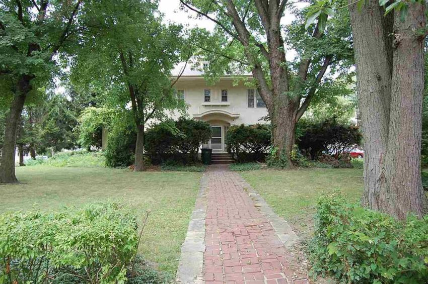 stately home for sale in Richmond Indiana under $100K