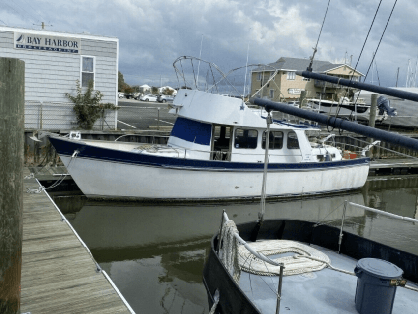 live aboard boat for sale