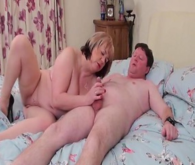 Chubby Mature Woman Porn