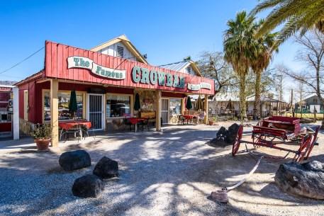The Crowbar Café and Saloon, Shoshone CA