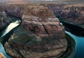 Horseshoe Bend Sunset. Hiking Arizona. Page