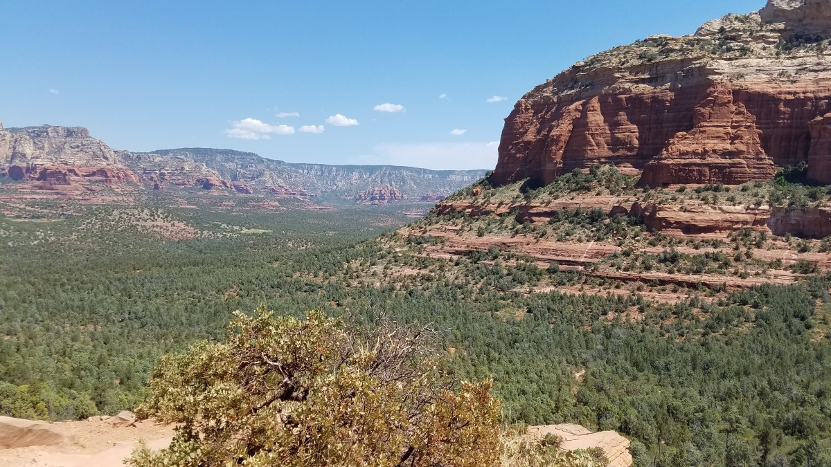 Hiking Sedona Arizona Devil's Bridge Rusty Ward Old Man