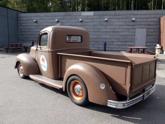 1940 Ford Pickup Hot Rod oslo Norway old parked cars