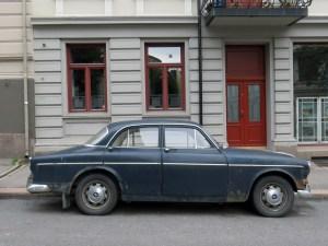 1966 Volvo Amazon P121341 121 sedan old car parked