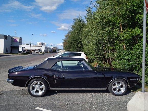 1967 Pontiac Firebird 400 profile