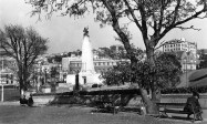 Wellington: The Wellington Cenotaph / Wellington Citizens' War Memorial (unveiled on Anzac Day 1931), Lambton Quay