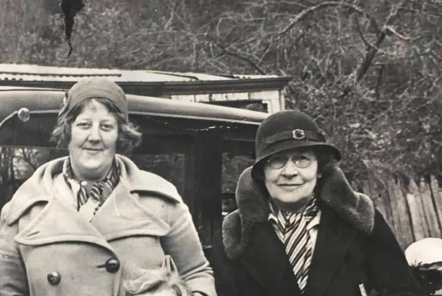 Dr Ann Macleod (left) and Margaret Macleod (right)