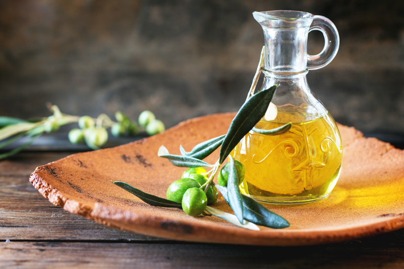 The Essential Oil Revolution: What Are the Health Benefits of Essential Oils? Are There Side Effects?