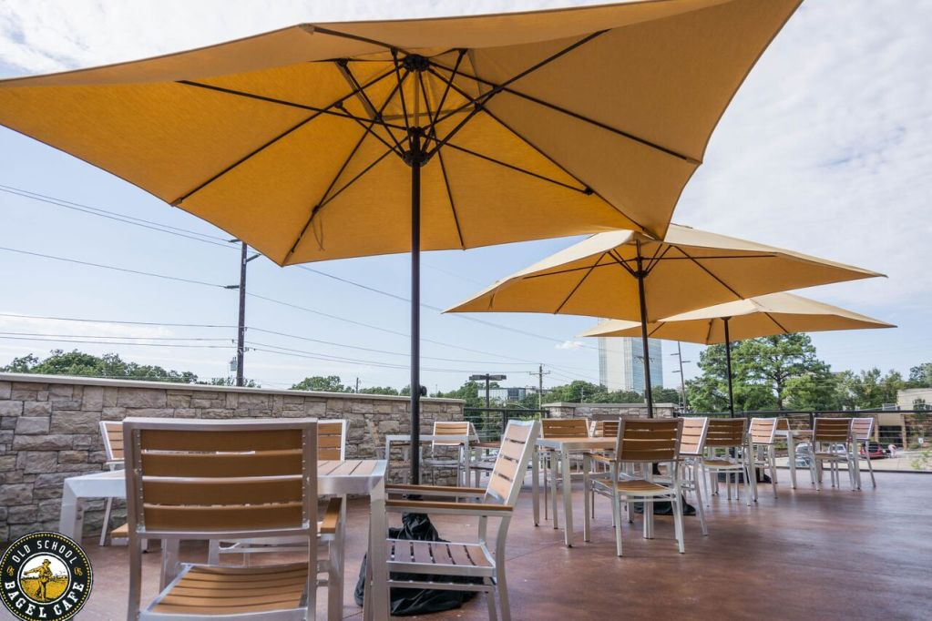 Patio - Old School Bagel - South Tulsa (6805 S Yale Ave Tulsa, OK 74133)