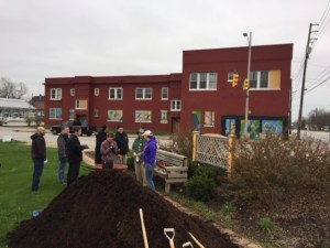 old southside 2017 great indy cleanup kib provided mulch for project