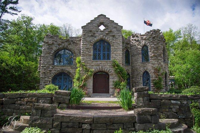 Beardslee Castle, New York, haunted house, old stone home, real-life haunted houses, old stone houses, haunted houses in New York