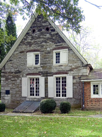 Oldest stone homes in the united states old stone houses for Old american houses