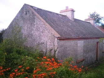 Old Stone Cottage Leitrim Carrick-on-Shannon Ireland, old stone homes for sale, old stone houses, old stone cottages for sale in Ireland, historic properties