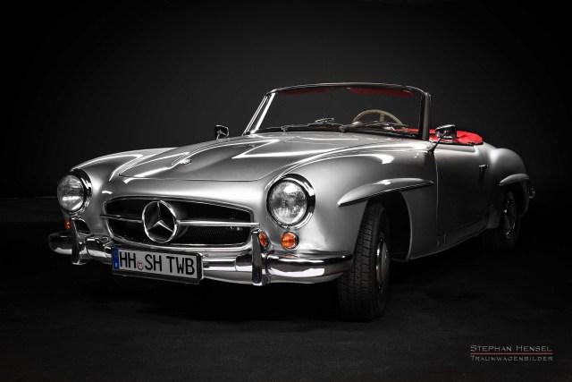 Mercedes-Benz 190 SL, Studioaufnahme, Ansicht von vorn links, Oldtimer Fotograf: Stephan Hensel, Hamburg