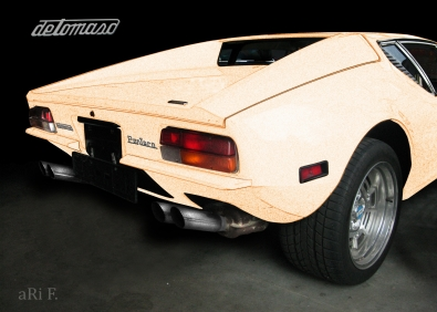 DeTomaso Pantera Psoter in creme color
