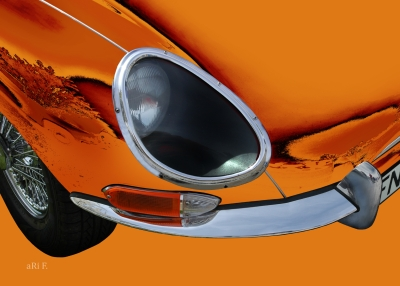Jaguar E-Type in orange & orange