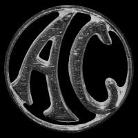 Logo AC Cars auf AC Roadster von Ford aus den 1960er Jahren