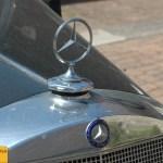 Mercedes-Benz Typ 170 D Kühlergrill oben mit typischen Mercedes-Stern und Mercedes-Benz Logo davor