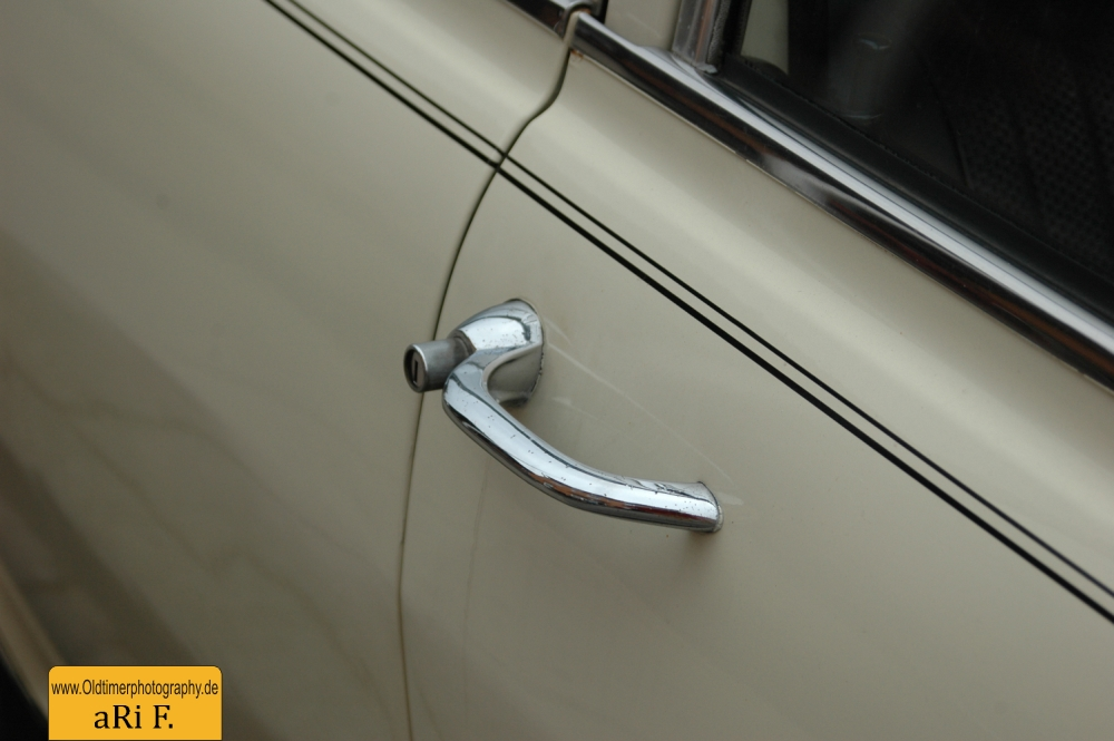 Opel Olympia Türgriff rechte Seite