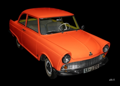 DKW Junior in black & red-orange